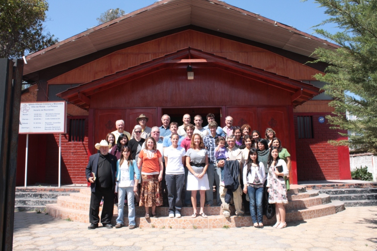 Team 1 in front of La Pintana church